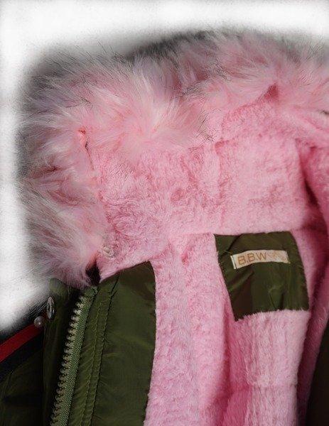Kurtka zimowa dziewczęcadziecięca parka z jasno różowym futrem i kapturem naszywka cekinowy kotek.